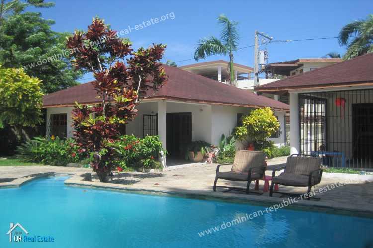 4 ferien bungalows nahe dem zentrum von cabarete zu verkaufen immobilien dominikanische republik. Black Bedroom Furniture Sets. Home Design Ideas